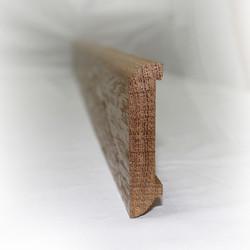 Прямой плинтус из ясеня 75х18 мм