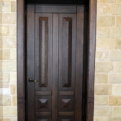 Деревянная дверь из дуба
